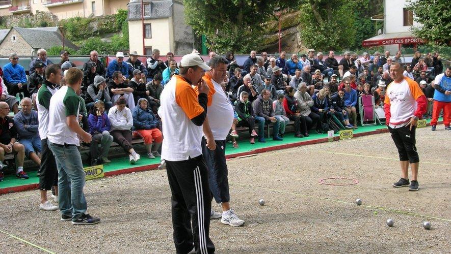 Philippe Quintais, Philippe Suchaud et Emmanuel Lucien, une des triplettes qui va faire le spectacle lors de la 5e édition de l'International d'Espalion.