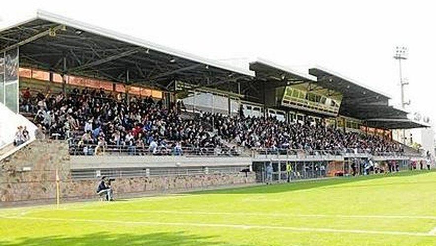 Déjà 4500 de 7250 places du stade Paul-Lignon ont trouvé preneur.