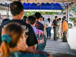 Thaïlande: référendum sur une Constitution très controversée