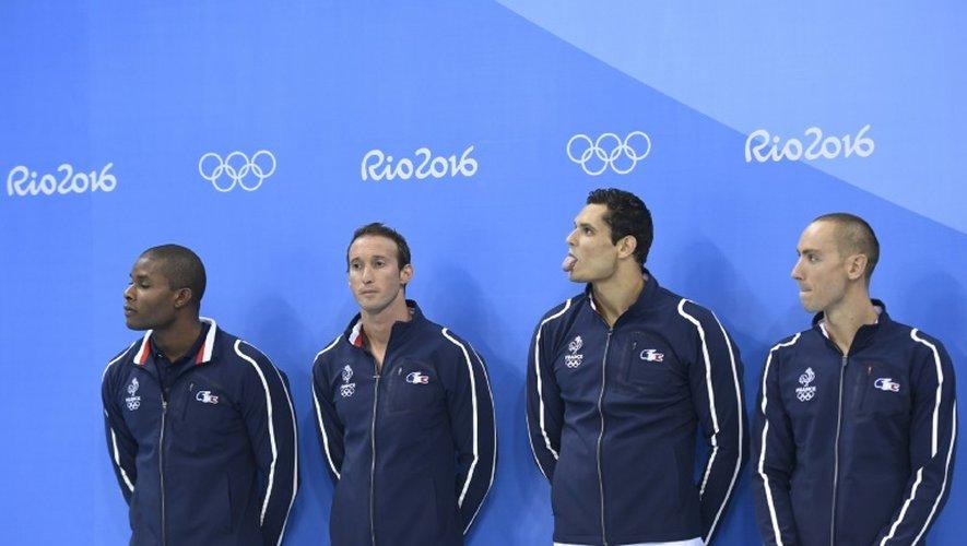 Les relayeurs français du 4x100 m nage libre, médaillés d'argent aux JO de Rio, le 7 août 2016