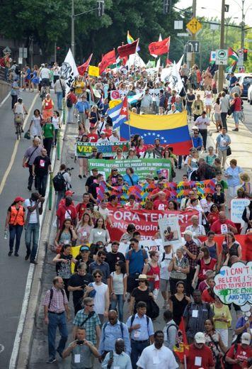 Grande marche le 9 août 2016 à Montreal pour l'ouverture du Forum social mondial