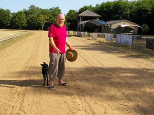 Les lévriers en piste dimanche sur le cynodrome de La Vaysse