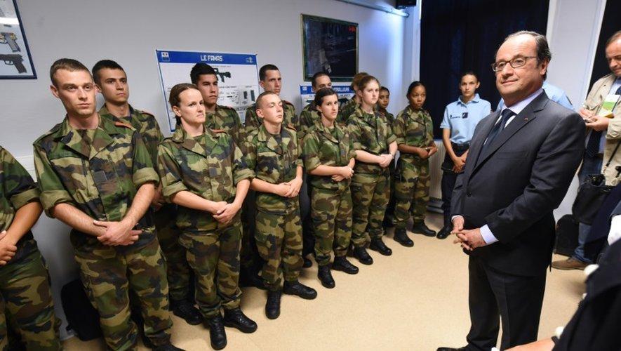 Hollande en Corrèze: incendies, garde nationale et Liban