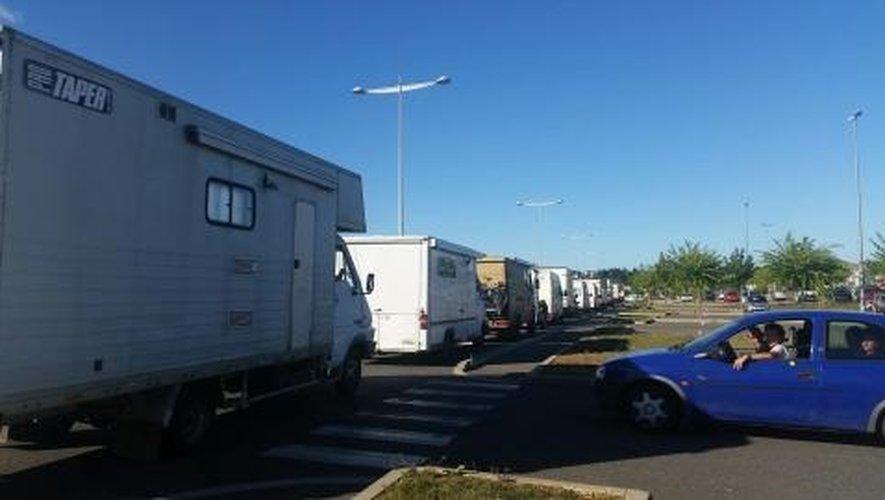 Teknival en Occitanie. Les «teufeurs» s'installent sur le Larzac