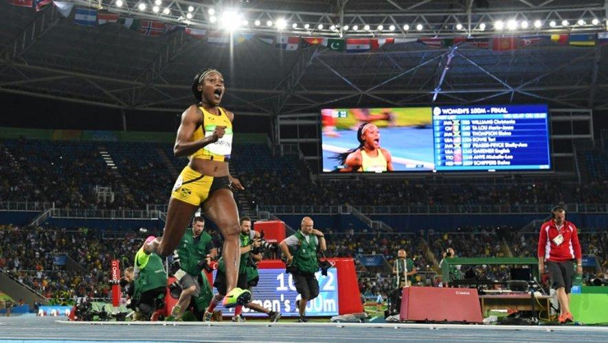 La Jamaïcaine Elaine Thompson reine du sprint olympique à Rio, le 13 août 2016