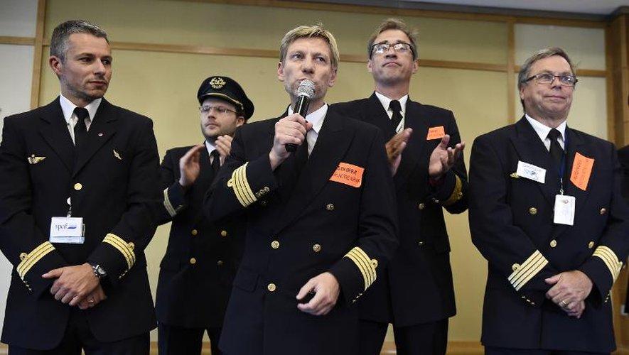 Air France: le 1er syndicat de pilotes rejette la proposition de la direction