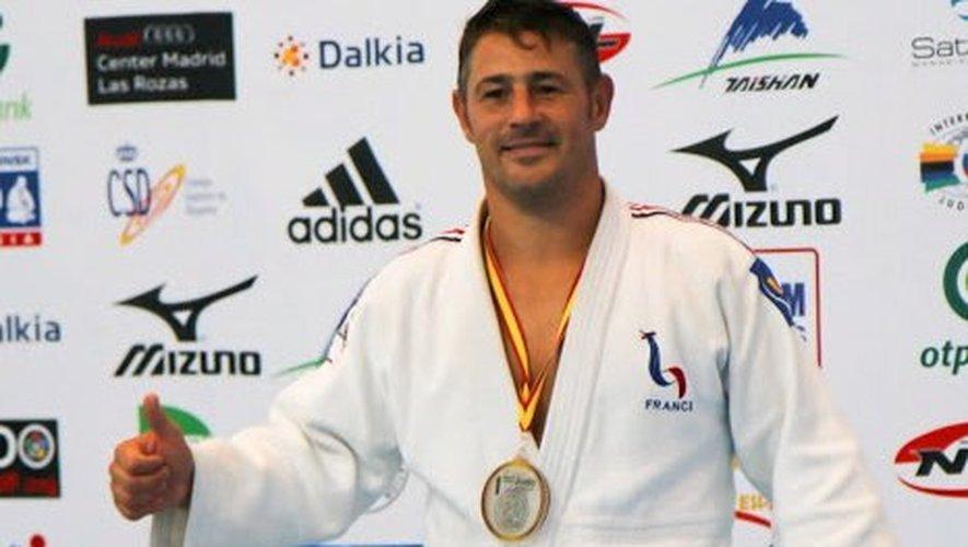 Christophe Lepretre, licencié au JRA, le club ruthénois, champion du monde M3 en -90kg.