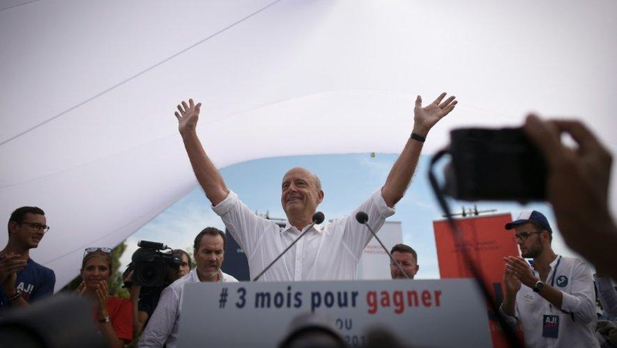 Alain Juppé, candidat à la primaire de la droite, pendant sa rentrée politique à Chatou (Yvelines), le 27 août 2016
