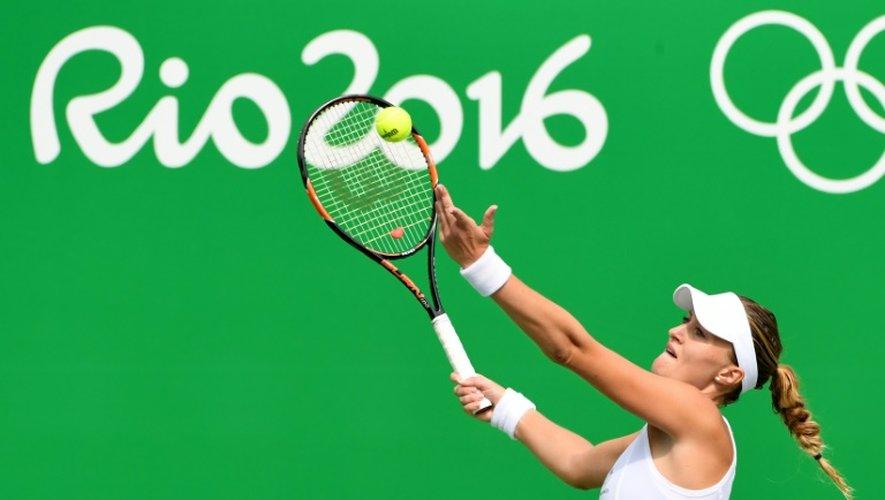 La Française Kristina Mladenovic face à l'Américaine Madison Keys au 2e tour du tournoi olympique à Rio, le 8 août 2016