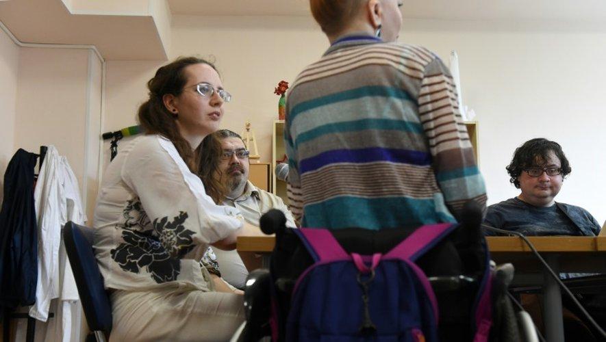 Des animateurs d'une émission de radio atteints de troubles psychiques à Moscou le 20 août 2016