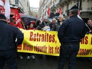 """Retraites complémentaires: """"accord de principe"""" entre le patronat et trois syndicats"""