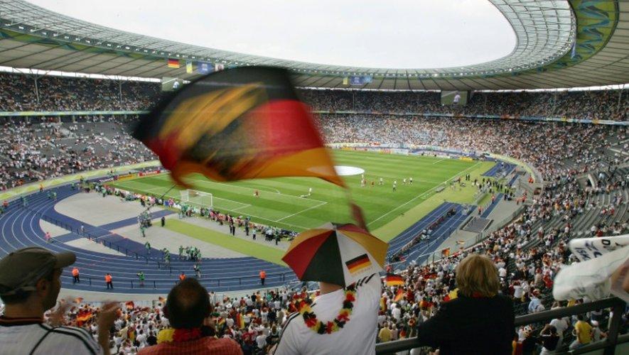 Des supporters allemands lors du quart de finale du Mondial-2006 face à l'Argentine, le 30 juin au Stade Olympique de Berlin