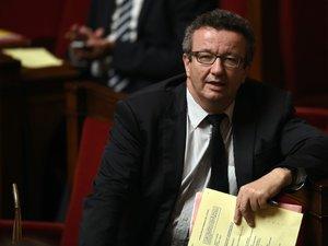 """Vote du budget: une majorité de députés PS """"frondeurs"""" veulent s'abstenir"""