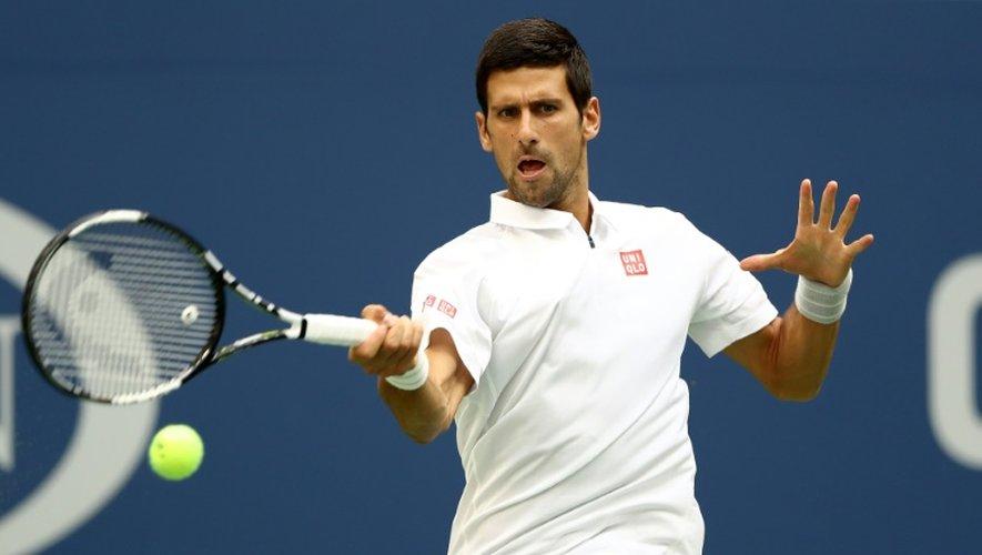 Novak Djokovic face au Russe Mikhail Youzhny avant son abandon, au 3e tour de l'US Open, le 2 septembre 2016