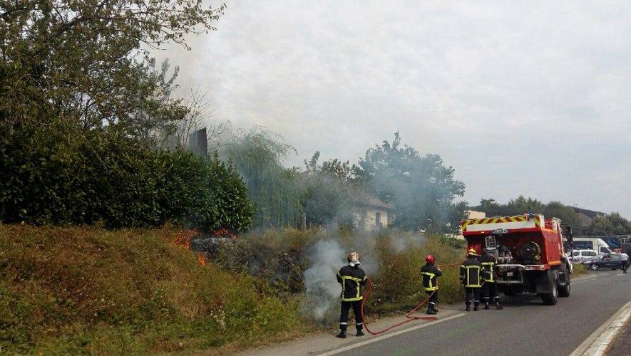 Le sinistre a été rapidement maîtrisé par les sapeurs-pompiers.