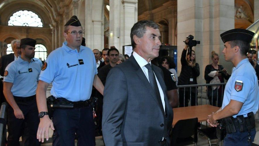L'ancien ministre du Budget Jérôme Cahuzac à son arrivée le 5 septembre 2016 au palais de justice de Paris