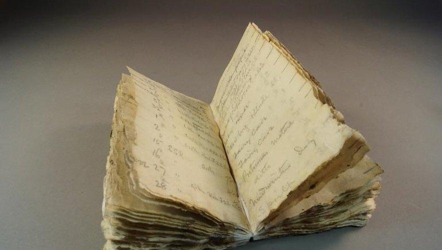 Un carnet de l'expédition tragique de Robert Scott en Antarctique, retrouvé après avoir été prisonnier des glaces durant un siècle, le 23 octobre 2014