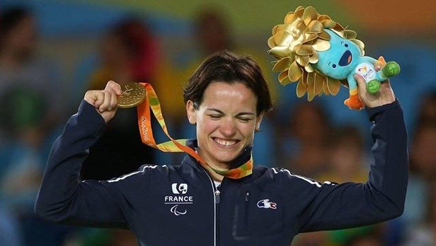 Sacrée dans la catégorie des -52 kilos, Sandrine Martinet (33 ans) a offert à la délégation française son premier sacre aux jeux paralympiques de Rio.