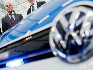 Moteurs truqués: Volkswagen forcé à sa 1ère perte trimestrielle depuis 15 ans