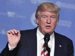 Etats-Unis: Trump appelle les ultra-conservateurs à se mobiliser