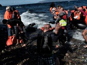 Migrants: au moins sept morts et crainte de dizaines de disparus entre Turquie et Grèce