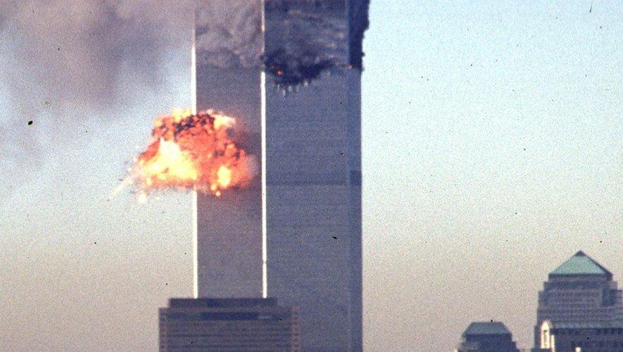 Deux avions s'écrasent sur les tours du World Trade Center, le 11 septembre 2001 à New York