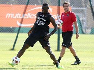 Ligue 1: Nice-Marseille, tout le monde attend Balotelli