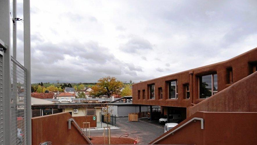 Le bâtiment respecte les normes environnementales.