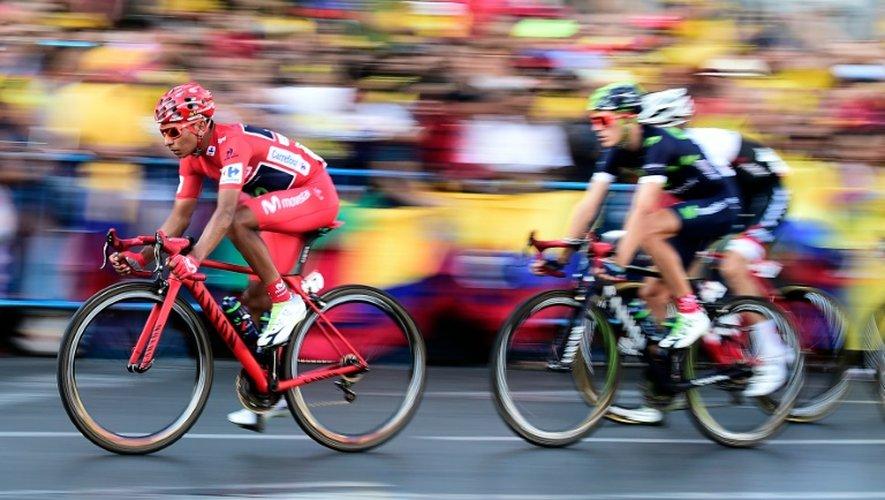 """Nairo Quintana avec le peloton de """"La Vuelta"""" lors de l'ultime étape, en route vers Madrid, le 11 septembre 2016"""