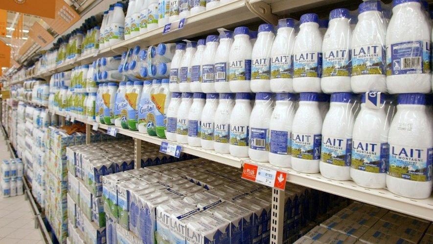 """Une nouvelle marque devrait faire son apparition dans les hyper et supermarchés Carrefour dès la fin octobre nommée """"C'est qui le patron ?! La marque du consommateur"""", élaborée à partir de la décision du consommateur sur le prix et les conditions de production"""