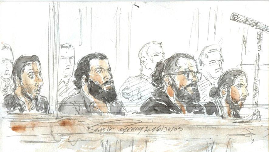 Des jeunes originaires de Strasbourg, dont le frère d'un assassin du Bataclan, sont jugés à Paris, le 30 mai 2016, pour s'être rendus en Syrie pendant quelques mois deux ans plus tôt