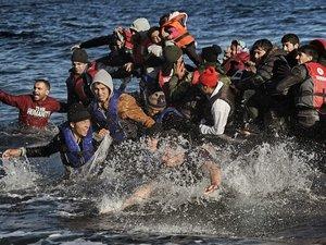A Lesbos, les volontaires réclament plus de moyens pour empêcher les naufrages