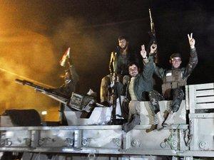 Syrie: nouvelle attaque de l'EI, les peshmergas irakiens dans Kobané