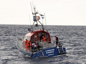 Des lycéens de Monteil larguent leur bouée océanographique