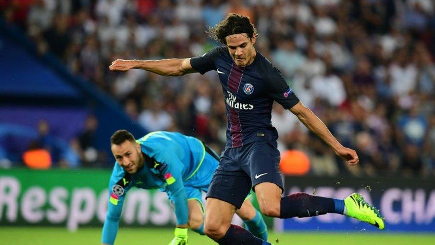 L'attaquant du PSG Edinson Cavani lors du match de Ligue des champions contre Arsenal, le 13 septembre 2016 au Parc des Princes