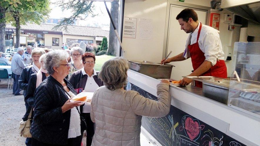 Carton plein pour le foodtruck de Quentin Bourdy