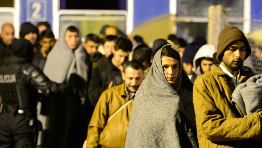 Arrivée de 3 millions de migrants d'ici 2017 en Europe, selon Bruxelles