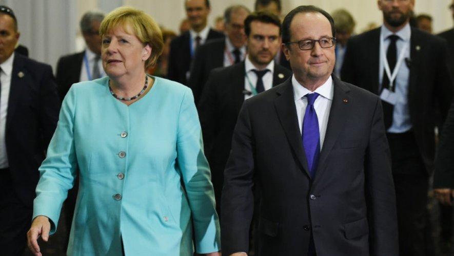 La chancelière allemande, Angela Merkel et le président français, François Hollande, le 16 septembre 2016 à Bratislava