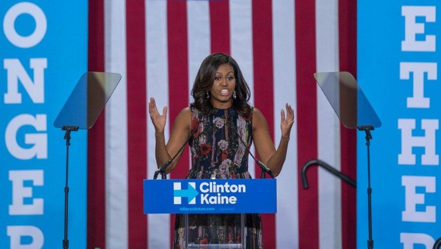 La Première dame des Etats-Unis Michelle Obama appelle les électeurs à se mobiliser en faveur de Hillary Clinton, le 16 septembre 2016 à Fairfax, en Virginie