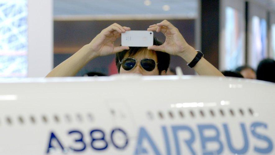 Airbus a dépassé ses objectifs annuels en  commandes d'avions, avec 850 commandes nettes enregsitrées du 1er janvier au 31 octobre