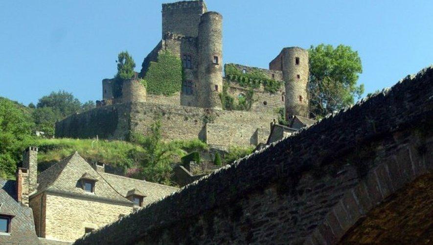 Vol d'armures à Belcastel : les propriétaires du château sous le choc