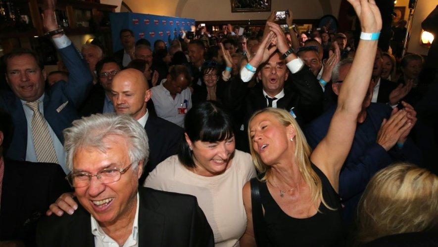 Des partisans de l'AfD célèbrent leurs résultats électoraux à Berlin le 18 septembre 2016