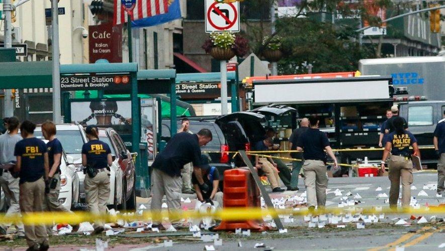 Des policiers sur le lieu de l'explosion de la 23ème rue le 18 septembre 2016  à New York