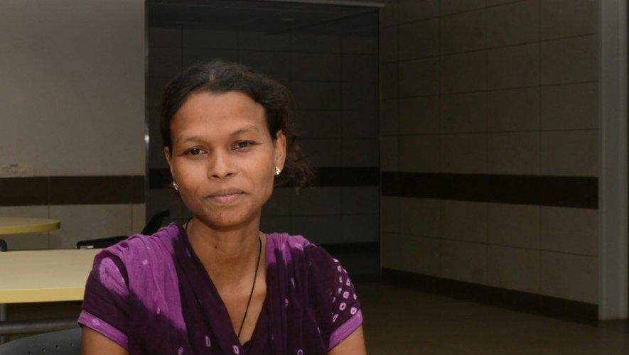 Sharmilaben Macwan, une mère porteuse indienne de 31, le 1er septembre 2016 à l'hôpital Akanksha à Anand