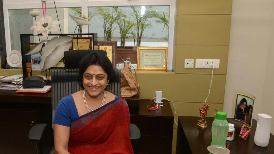 Nayana Patel,  spécialiste de l'infertilité, le 1er septembre 2016 à l'hôpital Akanksha à Anand