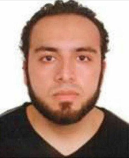 Photo non datée d'Ahmad Khan Rahami, soupçonné d'avoir commis un attentat à Manhattan, fournie le 19 septembre 2016 par le FBI