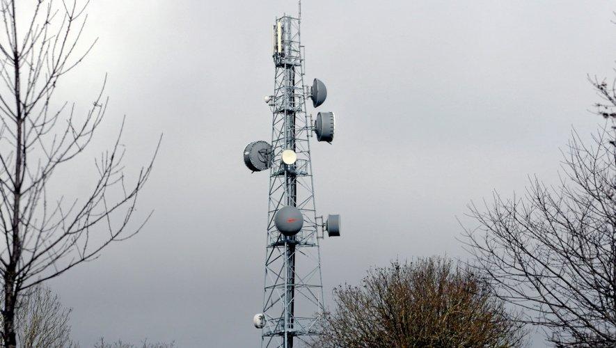 Téléphonie mobile : plus que 18 mois pour couvrir l'Aveyron