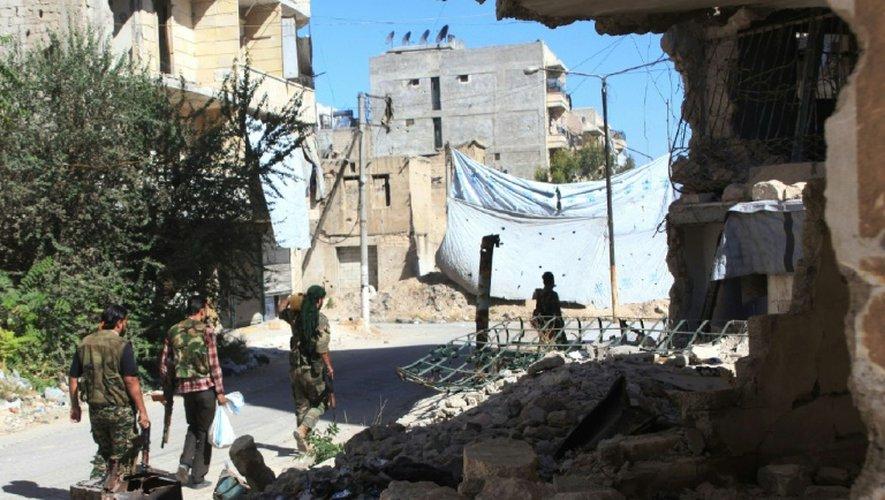 Les forces pro-gouvernementales syriennes à Alep, le 30 septembre 2016