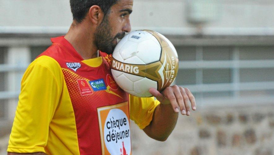 Faviana a faim de ballon. Samedi, il a disputé l'intégralité de l'amical face à Blagnac (1-1) aux côtés de Roumégous. Rebelote demain ?