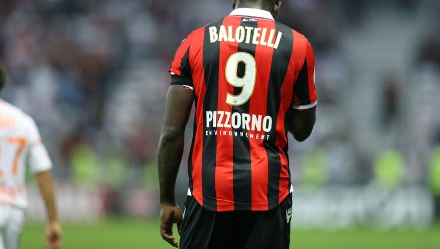 La star Mario Balotelli, auteur d'un but décisif pour Nice, exclu contre Lorient à l'Allianz Riviera, le 2 octobre 2016